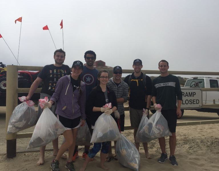 2016-06-04 Beach Clean-up group